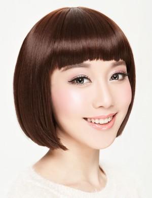 短直发BOBO头齐刘海时尚女生短发
